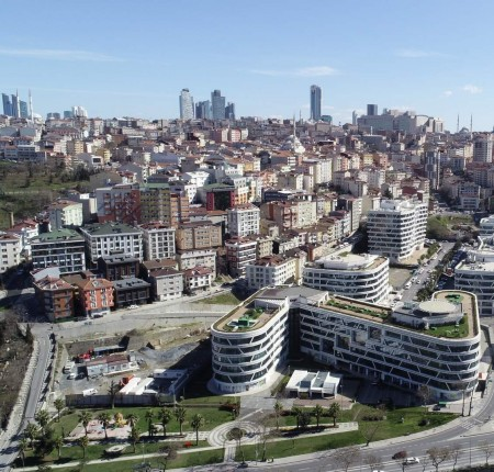 Exterior image - Shops and offices for sale within business center in Istanbul - 24421