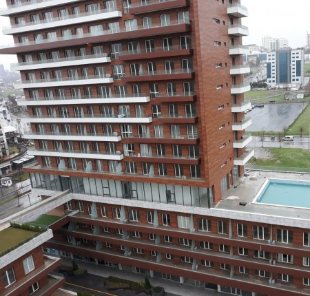 Exterior image - One-bedroom apartment for rent in Core Living complex - 26062