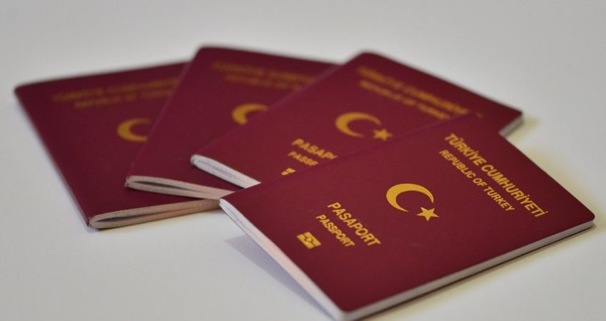 How long do foreign investors take to acquire Turkish citizenship?